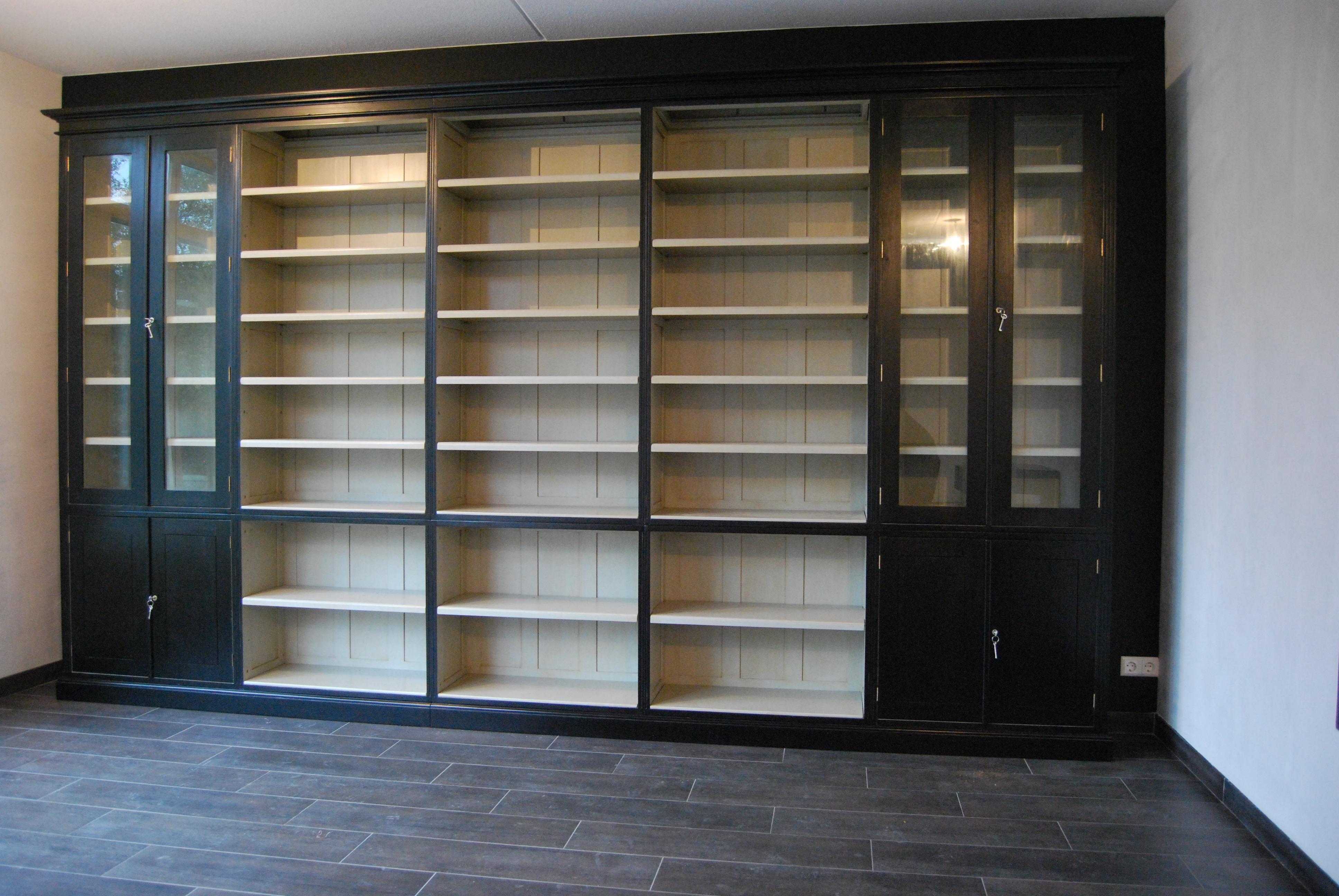 landelijke boekenkast maatwerk