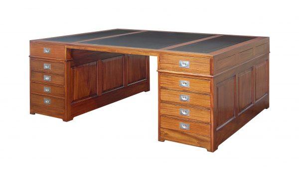 Engelse Partner Desk Nottingham