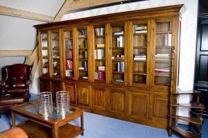Royale Engelse bibliotheekkast Gary